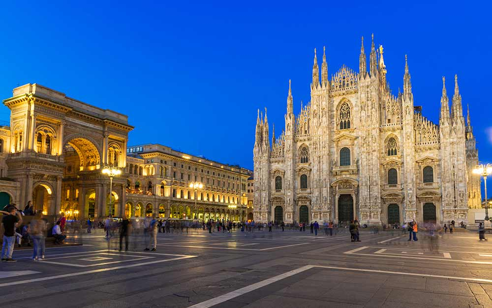 Absolute Italy - Customizing Italian Travel - Night view of Milan Cathedral