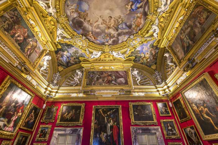 Absolute Italy - Customizing Italian Travel - Pitti Palace and Oltrarno