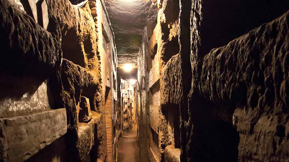 Absolute Italy - Customizing Italian Travel - Rome Underground Tour