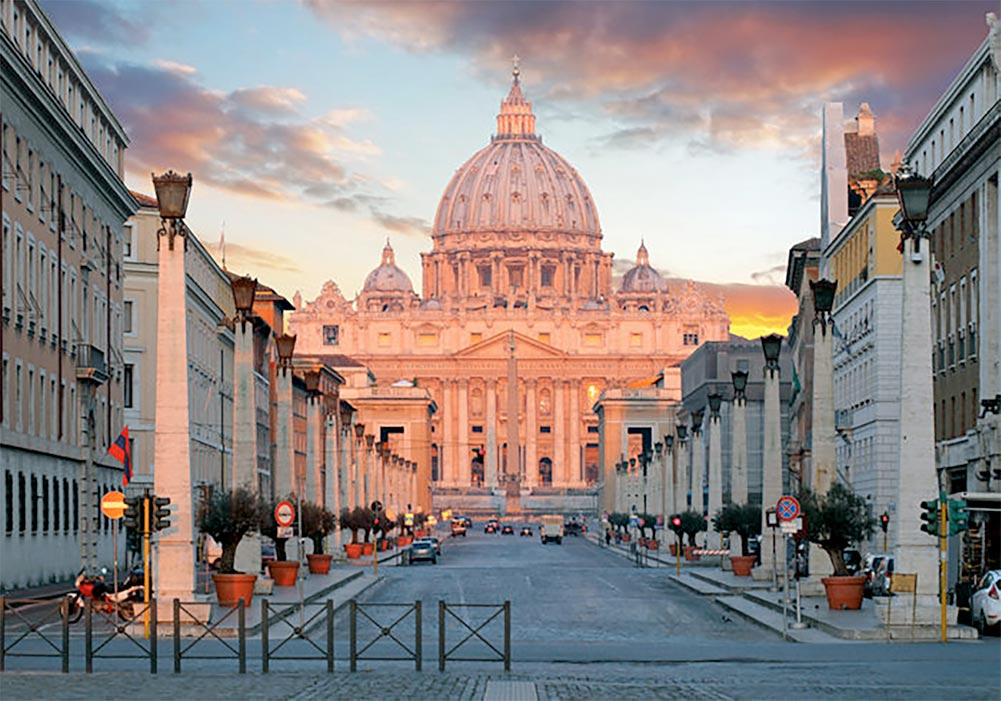 The Vatican Experience: St Peter's Basilica and the Sistine Chapel with Reserved Entrance